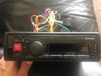Alpine UTE 72BT stereo - Bluetooth, usb and aux port