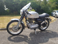 Royal Enfield Bullet 500, looks and sounds great, always a real head turner