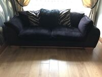 4 seater settee and armchair. Good condition. Non smokers