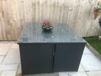Cube rattan garden furniture set.