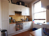 Stunning and Large 1 bed flat in a lovely converstion between Crouchend and Finsbury Park