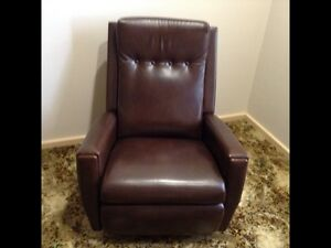 Rocker Recliner Shortland Newcastle Area Preview