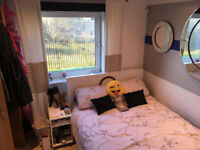 Double room to rent East pilton farm place