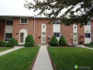$338,000 - Townhouse for sale in Stoney Creek