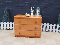 PINE CHEST OF DRAWERS FROM ''ELLIS FURNITURE'' WITH 3 LARGE DRAWERS VERY SOLID SET