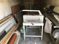 Guillotine IDEAL 4705