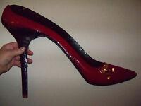 Large Metal Hanging Stiltto Shoe Red