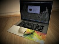 Apple Macbook Pro /Mid 2015/15.4 inch/ i7 2.5 GHZ /Retina/ 16GB Ram / 512GB Flash SSD /With Case