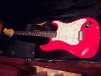 Fender Mark Knopfler Stratocaster - inc tags Custom Shop hardcase