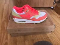 air max 1s brand new boxed size 5.5 uk