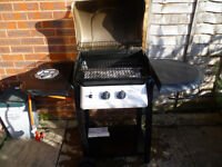 Gas Barbecue with Rain Cover and Stainless Steel BBQ Toolset