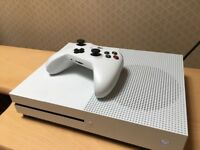 Xbox one s with 46 games
