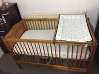 Baby cot/toddler bed