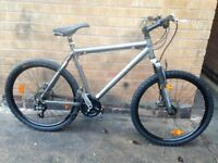 Mens Giant Terrago Hydraulic Mountain Bike in Good Condition