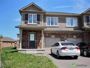 $439,900 - Townhouse for sale in Niagara Falls