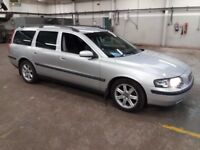 VOLVO V70 Low miles, great condition