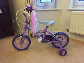 """Girls 10"""" Disney theme bike - Excellent Condition and like New"""