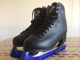SFR Galaxy boys/men's ice skates size 7