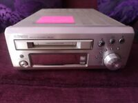 Faulty Denon small hi-fi unit DMD-M31 MD Minidisc Recorder (Possibly working but screen is blank)