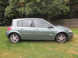 Renault Megane 1.9 DCI Privilage in Green
