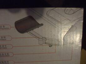Ergonomic design elbow stand.
