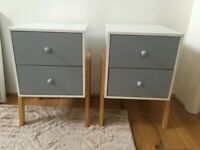 2 Grey, White & Wood Scandi Modern Bedside Tables With Drawers in Good Condition