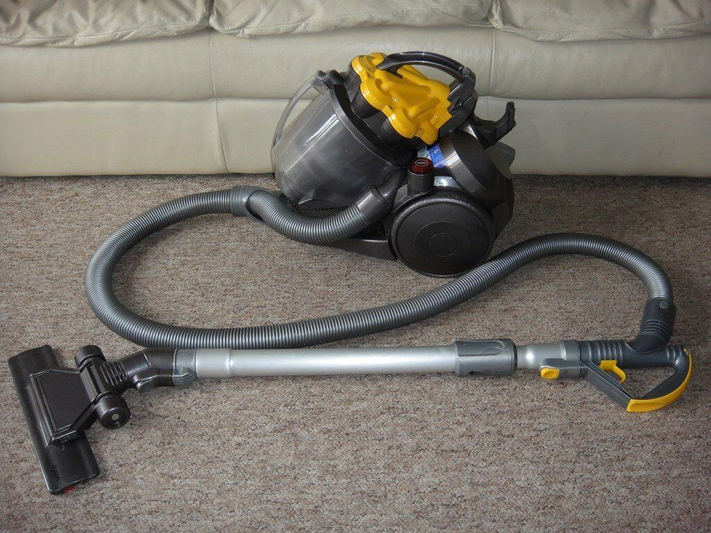 dyson dc19 cylinder pull along fully serviced for all floors in norwich norfolk gumtree. Black Bedroom Furniture Sets. Home Design Ideas