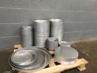 Pizza pans and lids
