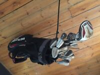 Dunlop golf clubs set.