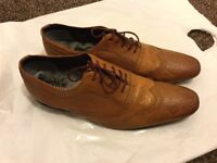 TED BAKER MENS TAN LEATHER SHOES,SIZE UK 10, 100% AUTHENTIC WORN COUPLE OF TIMES MINT CONDITION.