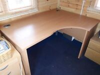 Office desk Solid wood excellent condition