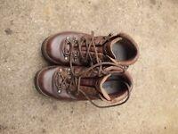 Zambalan Leather Hiking Boots Size 4