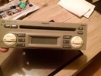 Nissan radio for sale !!
