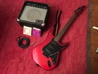 Hondo Fame Series 760 Guitar & Amp w/ spare strings & cable