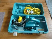 MAKITA 110V PLANER AND 110V LEAD,COMES WITH SPARE SET OF CUTTING BLADES,