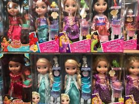 Disney Princess dolls set brand new