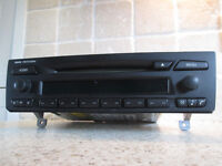 BMW PROFESSIONAL CD PLAYER RADIO STEREO needs repaired