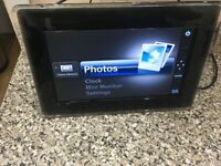 8 inch Samsung SPF-87H Digital Picture Frame plus 4gb sd card included