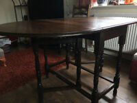 dark oak drop leaf/gate leg table