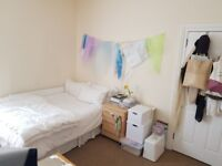 Double room available to rent in Acton *All bills included plus wifi*