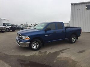 2011 Ram 1500 4 door-4 x 4-Low kms! Loaded!