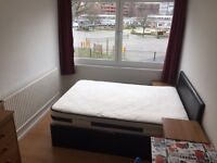 next to tube station surrey quasys,canada water tube,large double room to rent very clean flatshare
