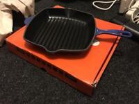 Le Creuset skillet grill (cobalt blue) *BRAND NEW*