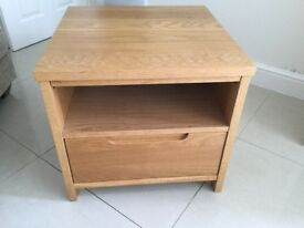 Tv unit and matching side table with drawers in oak effect