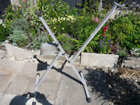 Folding Cycle Repair Stand.