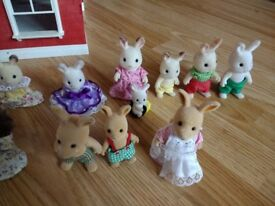 Sylvanian Families Regency Hotel, with loads of accessories, furniture and 29 family members