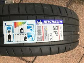 2x 215/45/zr17 Michelin sport 4 tyres