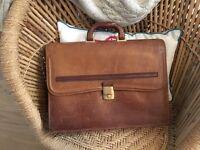 Vintage leather breifcase