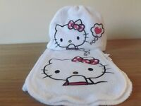 Girls Hello Kiity Hat and Scarf Set Age 3-4 - Never Worn