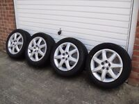 Toyota Prius Alloy Wheels With Original Wheel Trims and 195 55 16 Tyres - Set of 4